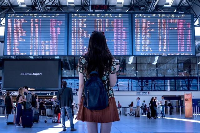 פיצוי כספי על ביטול או איחור בטיסה על פי חוק טיבי